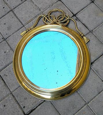 Espejo metal. 50 centímetros diámetro.  60 de alto