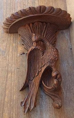 Ménsula de madera. 24x21x11 fondo.