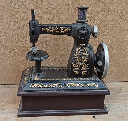 Máquina coser decorativa