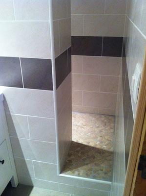 accès à la douche embrun chalvet 05200