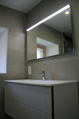 Albertus rénovation meuble salle de bain faïence