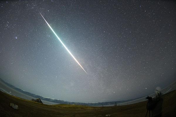 6月号 バイカル湖での火球(宮内)