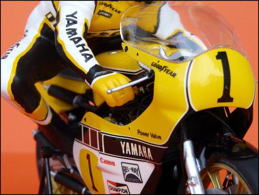 Tamiya Yamaha YZR 1/12