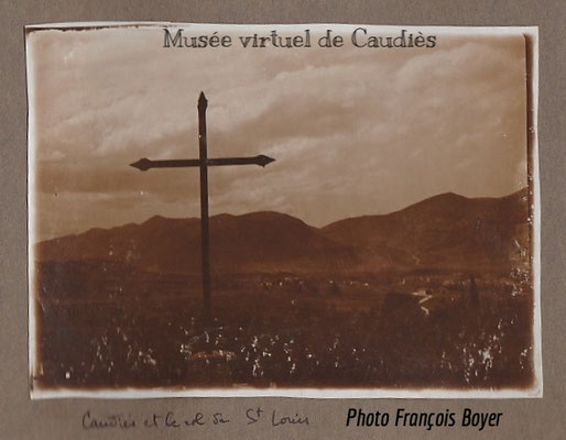 1929 croix près du chemin de Cougoumeilles