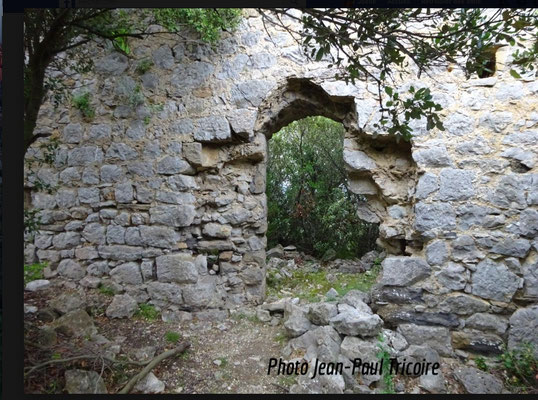 Mur Sud 3ème enceinte avec porte