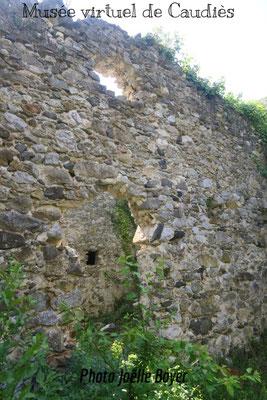 Mur intérieur (en entrant)