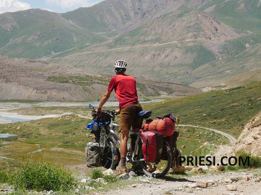 Ab ins Tal..eine tolle Strecke erwartet uns!