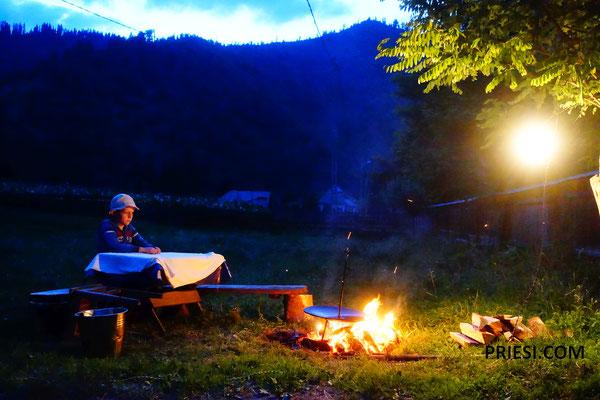 Danach ein Lagerfeuer