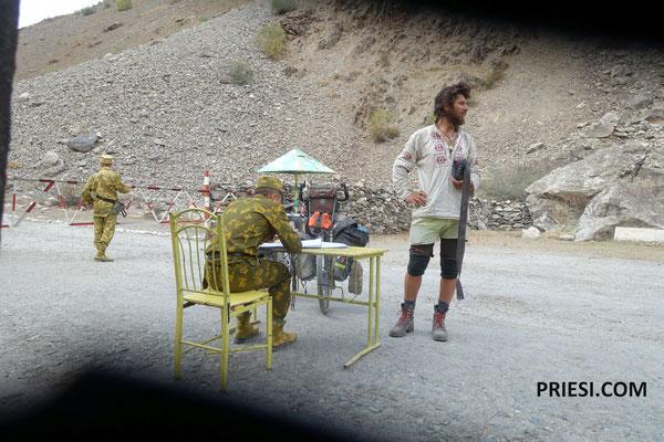 Checkpoint im Grenzgebiet