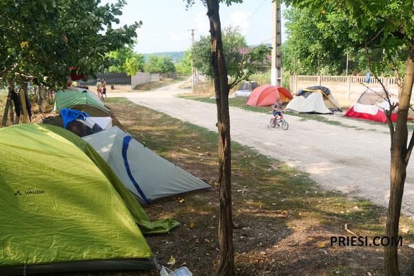 Die Zelte bei George