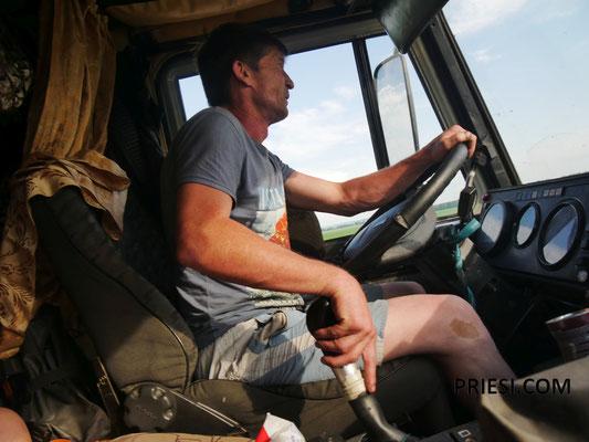 Unser Trucker....mit Russian Disco und Modern Talking über den Highway