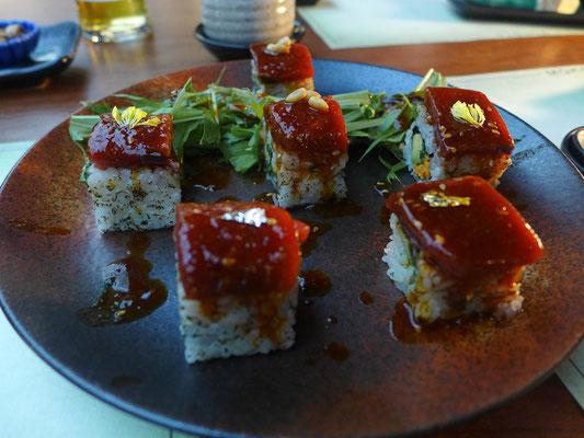 モスクワの純日本料理店におけるまぐろ寿司