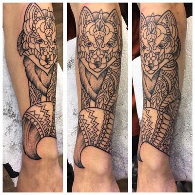 Fuchs Linework auf dem Unterarm