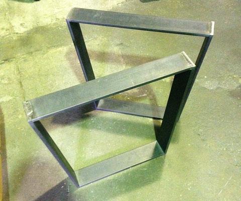 Custom Trapez-Tischfüsse für schweren Buchen-Esstisch