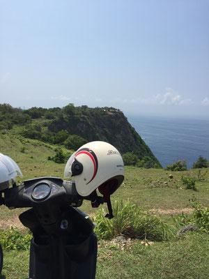 nusa-penida-kelingking-beach-view-point-roller