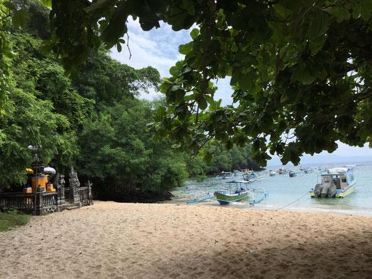 bali-padang-bai-beach