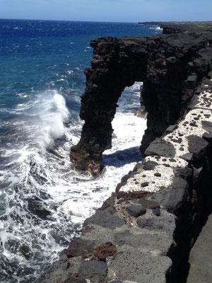 big-island-holei-sea-arch