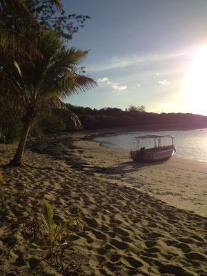 barefoot-manta-island