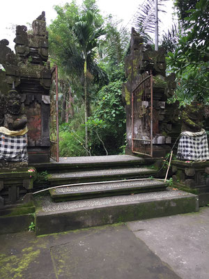 pura-mengening-tempel-eingang