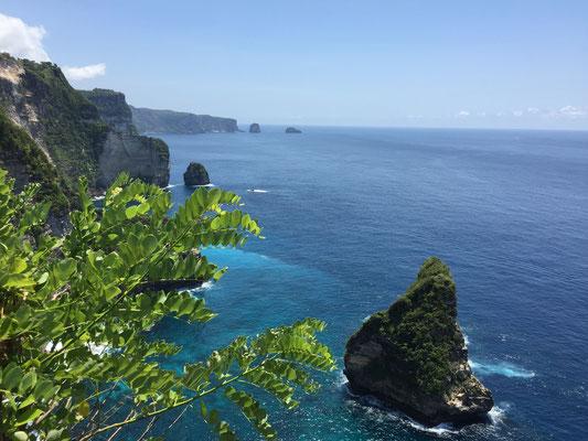nusa-penida-banah-cliff-point