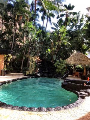 aqua-bamboo-waikiki-hotel