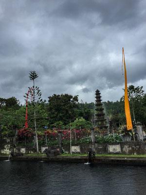 tirta-gangga-wasser-tempel