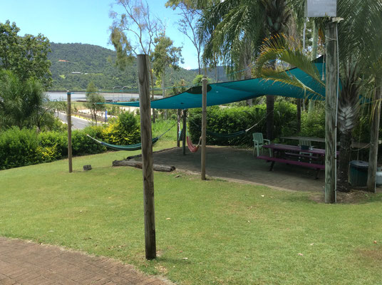 backpackers-by-the-bay-hostel
