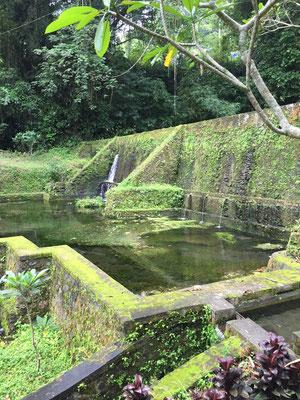 pura-mengening-tempel