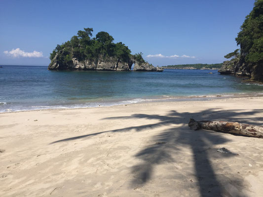 crystal-bay-beach