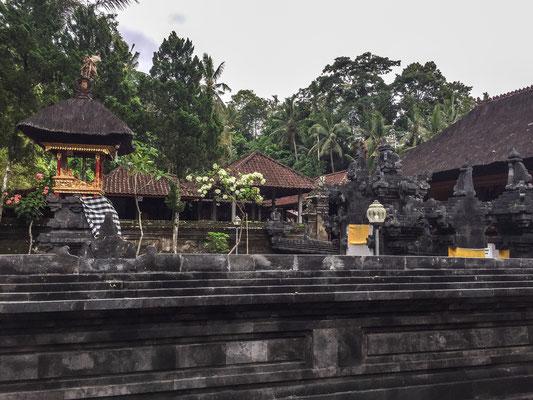 ubud-goa-gajah-tempel
