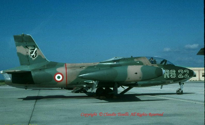 MB-326K del Reparto Sperimentale (unico utilizzatore di questa versione in seno all'A.M.I.)