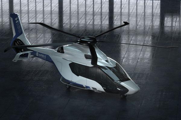 """Il disegno delle pale """"Blue Edge"""" del rotore  realizzate in composito sono un brevetto Airbus Helicopters"""