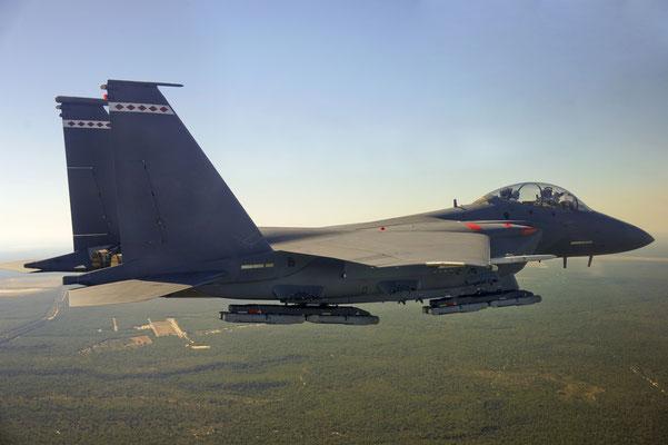L'F-15E usato per i test di valutazione.  - © Raytheon