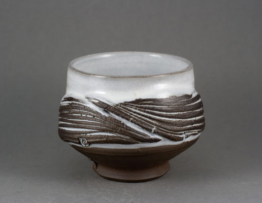 Paul Fryman. Tea bowl. $77