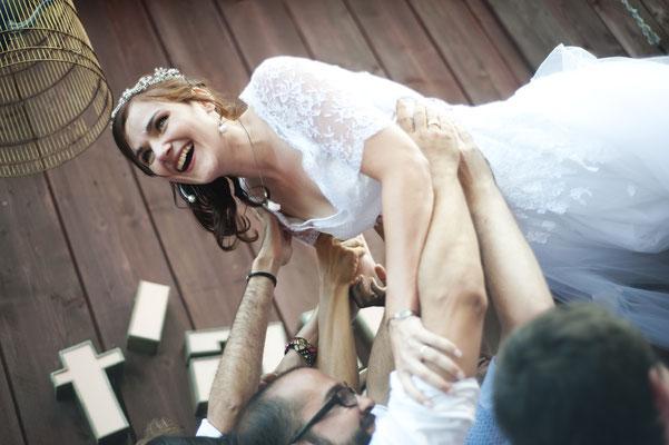 Isabelle / Août 2016 - Ludivine Guillot, robe de mariée sur mesure à Lyon.