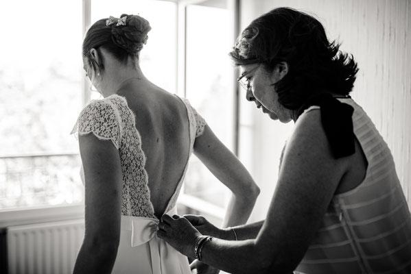 Pauline / Juillet 2018 - Photos Léa Fery - Ludivine Guillot, robe de mariée sur mesure à Lyon.