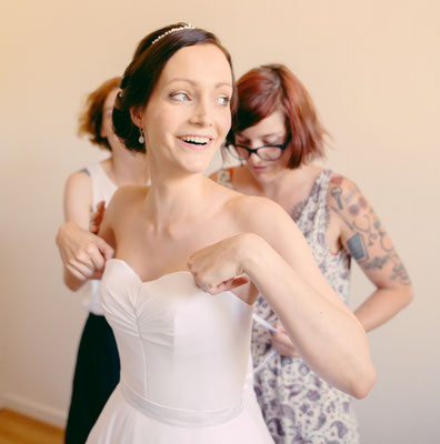 Charlotte / Août 2016 - Ludivine Guillot, robe de mariée sur mesure à Lyon.