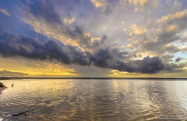 El esplendoroso cielo de Marismas del Odiel / The bright sky Odiel Marshes