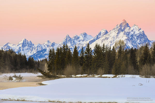 Espectacular amanecer en Gran Teton  /  Spectacular dawn in Grand Teton