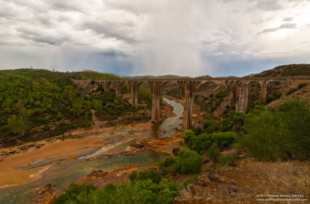 Puente de la Alcolea  / Bridge of the Alcolea
