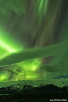 El encuentro con las luces del norte  / The encounter with the northern lights