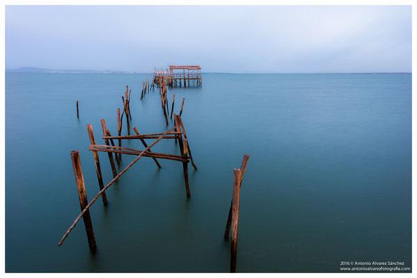Calma en el estuario del rio Sado  / Calm in the estuary of the river Sado