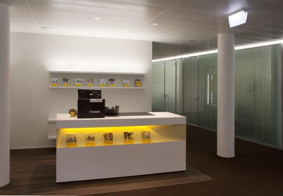 Postfinance Bulle, Architekt:  deillon delley architectes, Bulle, Lichtplaner: Sommerlatte & Sommerlatte AG, Zürich