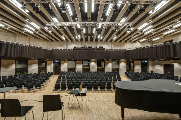 Freie Evangelische Gemeinde FEG Winterthur, Architekt: Graf Biscioni Architekten AG, Winterthur, Ingenieur/Lichtplaner: vogtpartner Winterthur