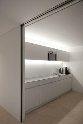 Raiffeisenbank Obfelden, Architekt: werk.ARCHITEKTEN, Langnau i. E., Lichtplaner: Sommerlatte & Sommerlatte AG, Zürich