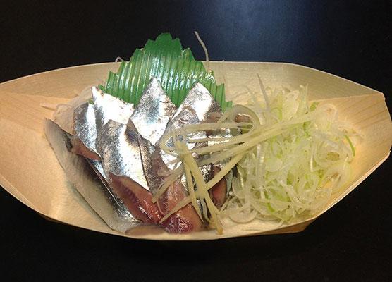 魚健 鮮魚部 商品(さんま)