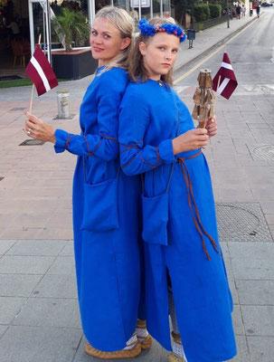 Dziedošā Stafecku ģimene no Rīgas