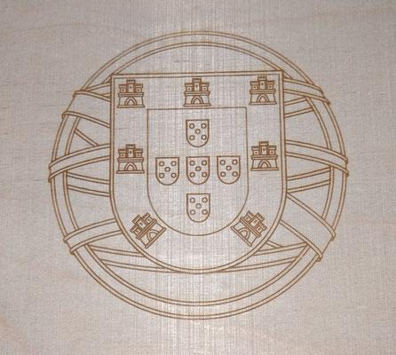 """Lasergravur auf Holz - """"schönES Ding"""""""