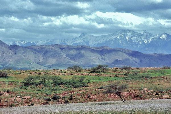 Der Hohe Atlas im Süden ist die höchste Gebirgskette in Marokko.