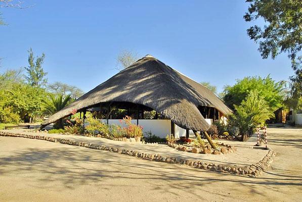 Im Restaurant gab es immer hervorragendes Essen, überwiegend Afrikanische Wildspezialitäten.